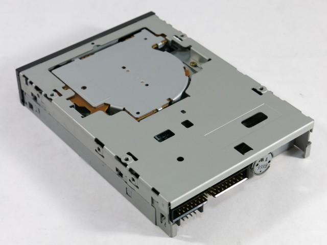 ミツミ 内蔵FDD(フロッピーディスクドライブ)MODEL D353M3...  【マザーボード
